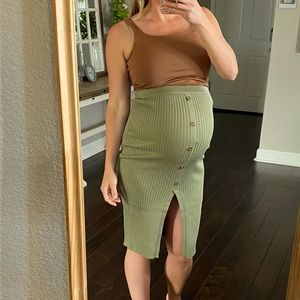 Pinkblush high rise ribbed olive maternity skirt